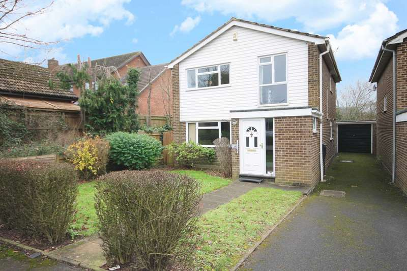 4 Bedrooms Detached House for rent in Welby Crescent, Winnersh