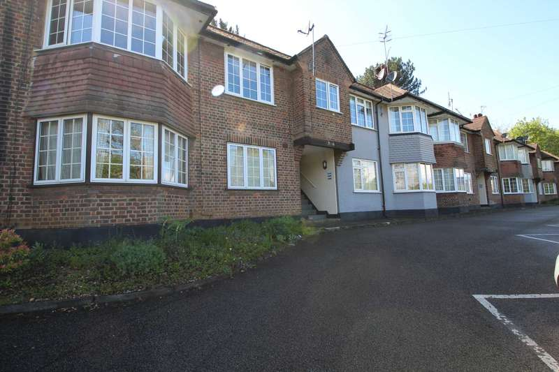 2 Bedrooms Maisonette Flat for rent in Walking distance to train station