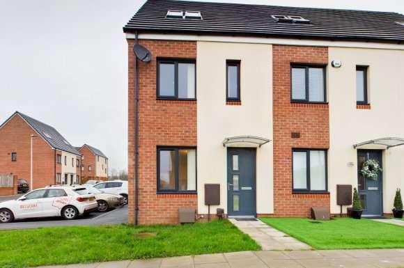 3 Bedrooms Property for rent in Golwg Y Garreg, Swansea, SA1