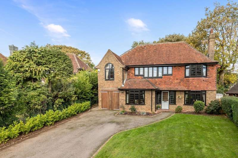 5 Bedrooms Detached House for sale in Woodlands, Hove