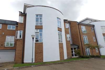 2 Bedrooms Flat for rent in Cockerbeck House, Green Chare, Cockerton Green - Darlington