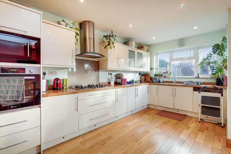 4 Bedrooms House for sale in Bellingham Road, Catford, SE6