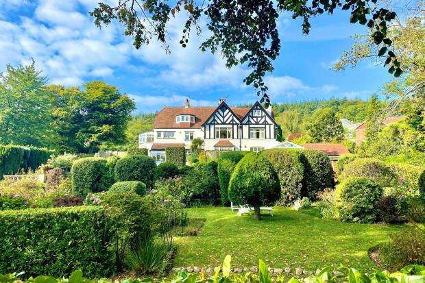 4 Bedrooms Apartment Flat for sale in Boughfield, Bickwell Valley, Sidmouth, Devon