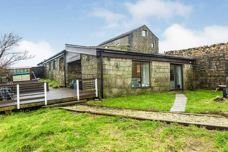 3 Bedrooms Detached House for sale in Windy Harbour Farm, Windy Harbour Lane, Todmorden, West Yorkshire, OL14