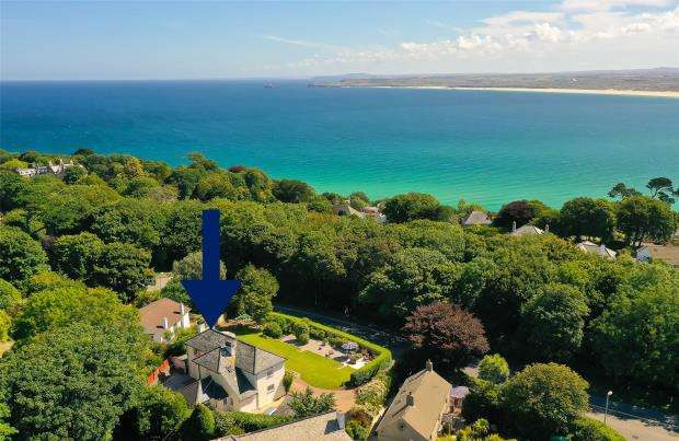 4 Bedrooms Detached House for sale in Trelyon Avenue, St. Ives, Cornwall