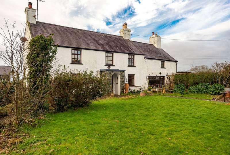 5 Bedrooms Detached House for sale in Llandwrog, Caernarfon, Gwynedd, LL54