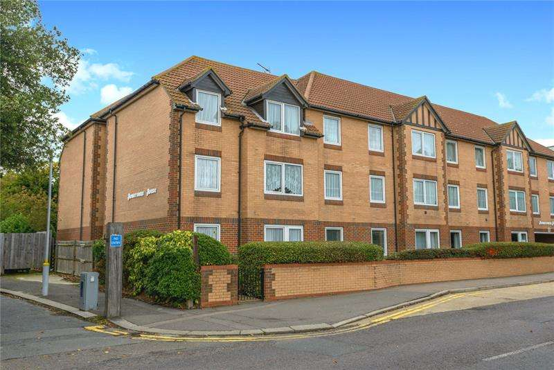 1 Bedroom Apartment Flat for sale in Homerowan House, Station Road, Thorpe Bay, Essex, SS1