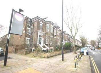 3 Bedrooms Flat for rent in Hillmarton Road, Hillmarton Conservation/ Caledonian Road, N7 9JD