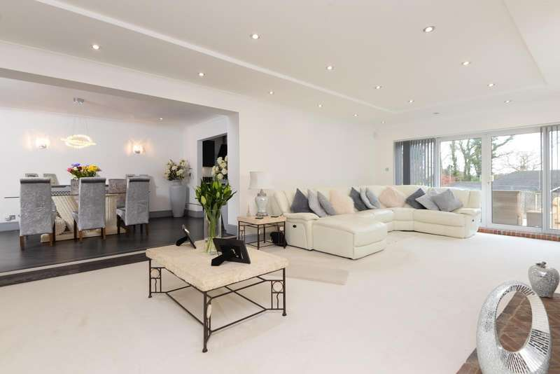 6 Bedrooms Detached House for sale in Maidstone Road, Wigmore, Gillingham, ME8