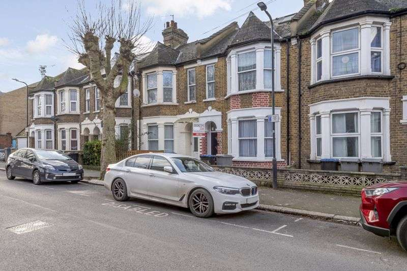 5 Bedrooms Property for sale in DSAUCTION, Mordaunt Road, NW10 8NY