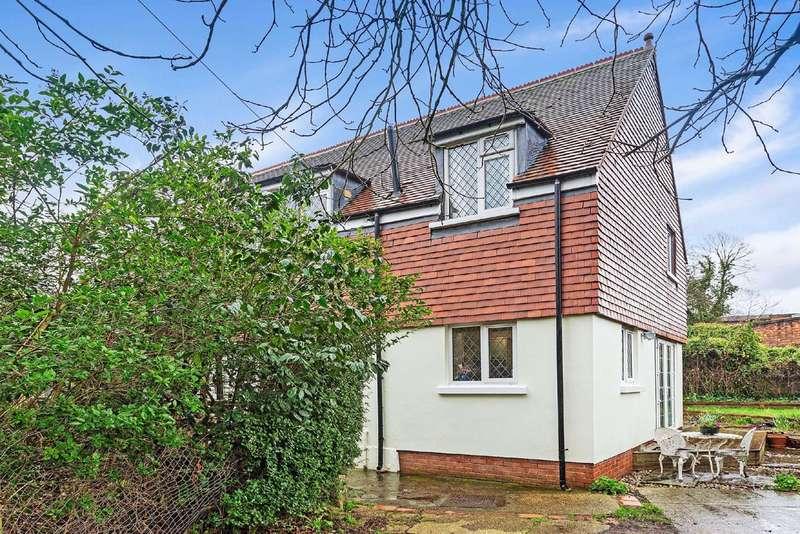 4 Bedrooms Detached House for sale in Aldrington Road, Furzedown