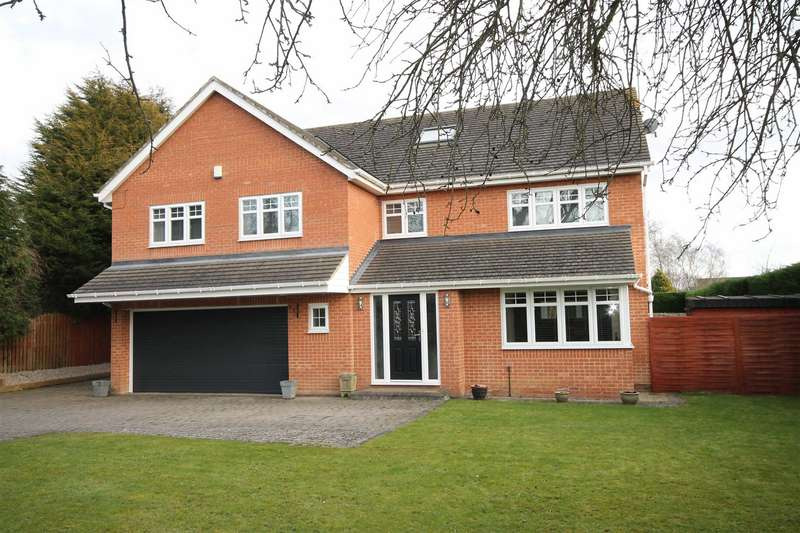 5 Bedrooms Detached House for sale in Eastern Way, Darras Hall, Newcastle Upon Tyne, Northumberland