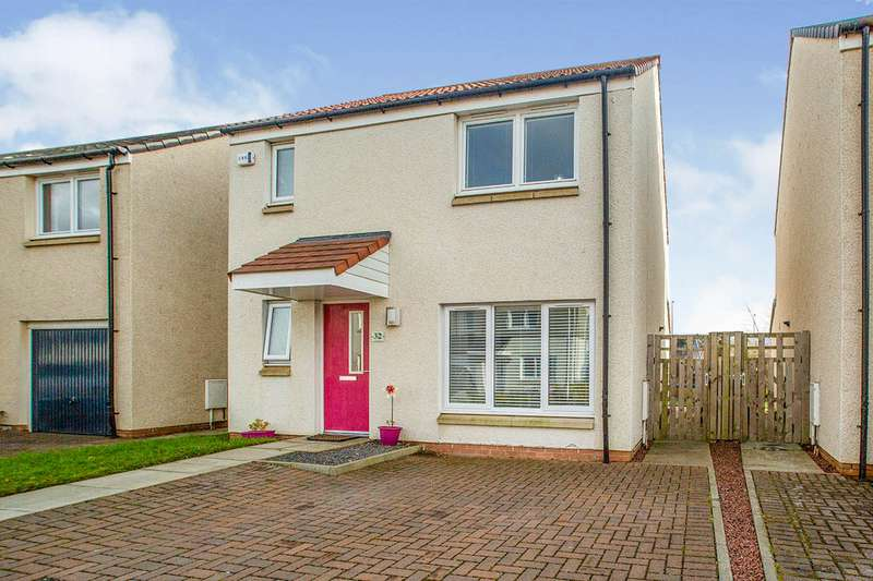 3 Bedrooms Detached House for sale in Sheil Lane, East Calder, Livingston, West Lothian, EH53