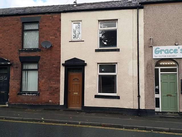 2 Bedrooms Terraced House for rent in Bury Road Rochdale OL11 4EB