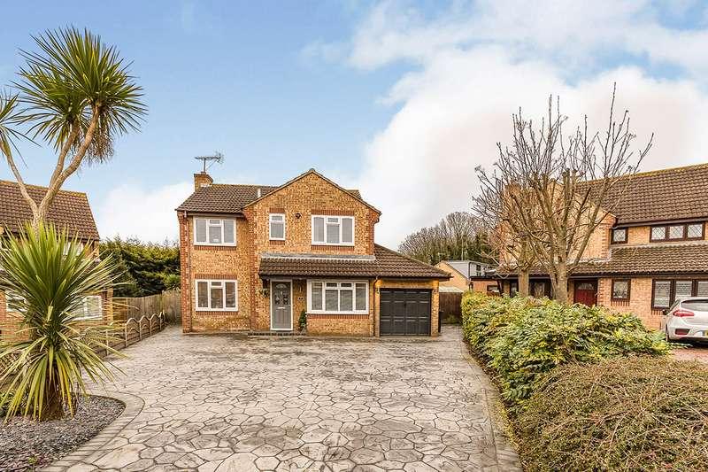 5 Bedrooms Detached House for sale in Dawes Close, Greenhithe, Kent, DA9