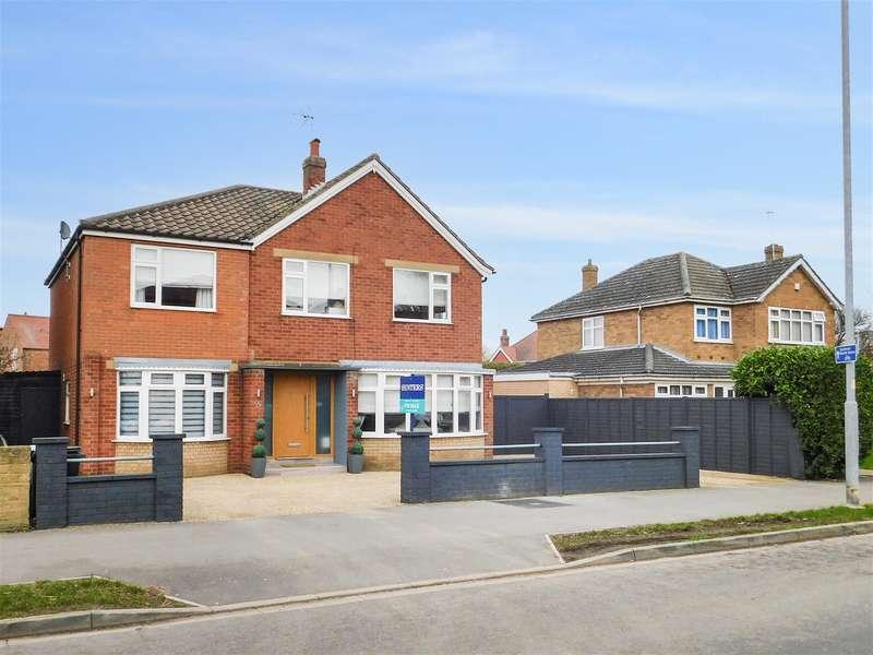 5 Bedrooms Detached House for sale in Castleton Boulevard, Skegness, , PE25 2TT