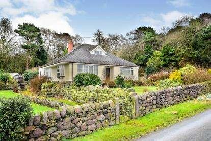 3 Bedrooms Bungalow for sale in Pines Lane, Biddulph Park, Cheshire