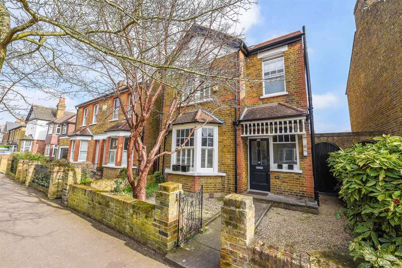 4 Bedrooms Detached House for sale in Tudor Road, Hampton