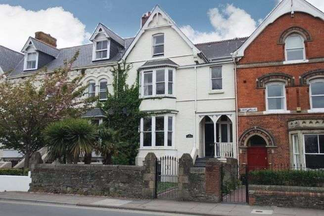 5 Bedrooms Terraced House for sale in Park Villas, Barnstaple