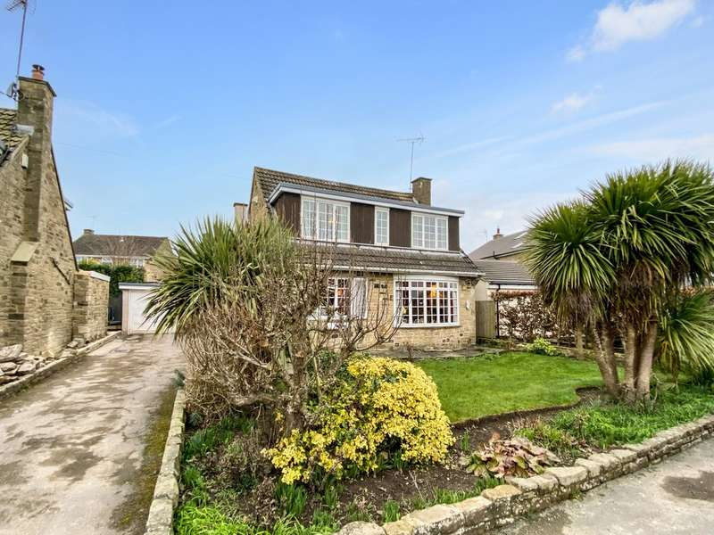 3 Bedrooms Detached House for sale in Weedling Gate, Stutton, Tadcaster, LS24