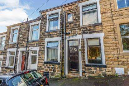 2 Bedrooms Terraced House for sale in David Street, Barrowford, Lancashire, ., BB9