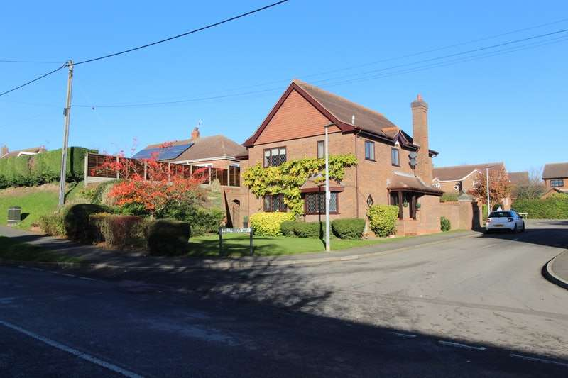 5 Bedrooms Detached House for sale in Millfields Way, Barrow-upon-Humber, Lincolnshire, DN19