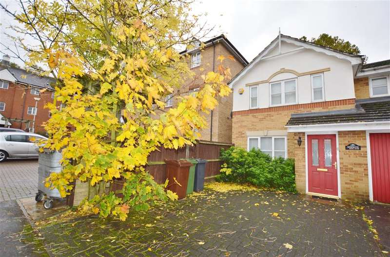3 Bedrooms Semi Detached House for sale in Payne Close, Upney, Barking, Essex, IG11 9PL