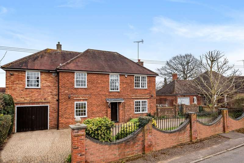 5 Bedrooms Detached House for sale in Newlands Close West, Hitchin, SG4