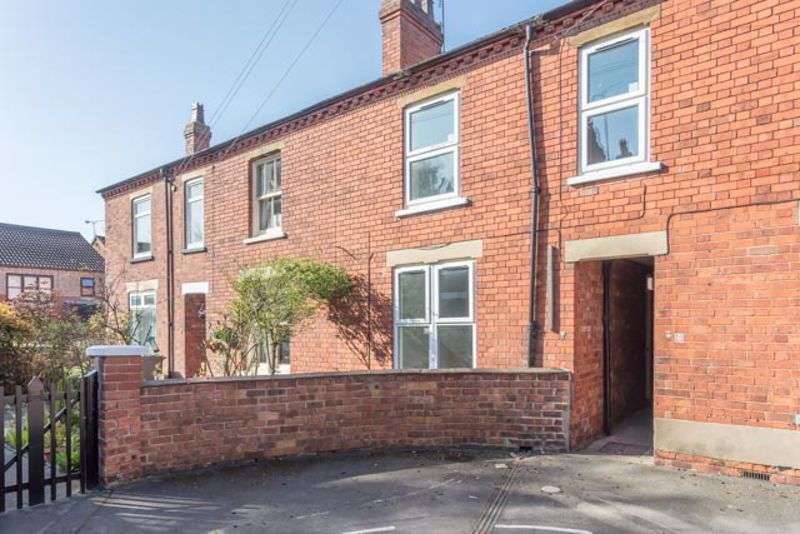 3 Bedrooms Property for sale in Howard Street, Lincoln