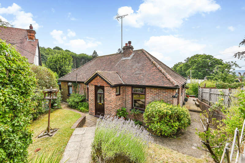 2 Bedrooms Detached Bungalow for sale in Hill Brow Road, Hill Brow