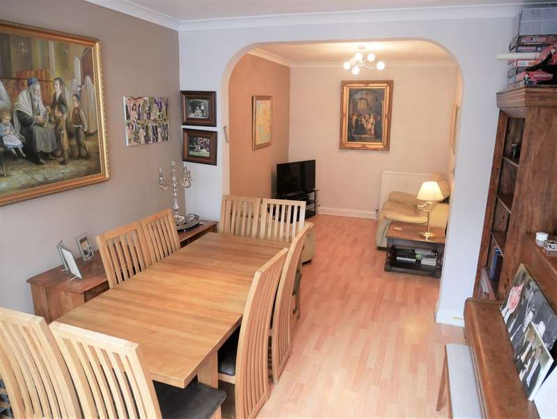 4 Bedrooms Terraced House for sale in Alexandra Road, Hendon, London NW4 2SA