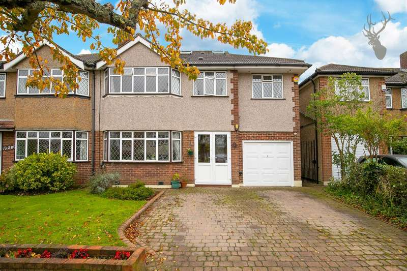 5 Bedrooms Semi Detached House for sale in Harewood Hill, Theydon Bois, Epping