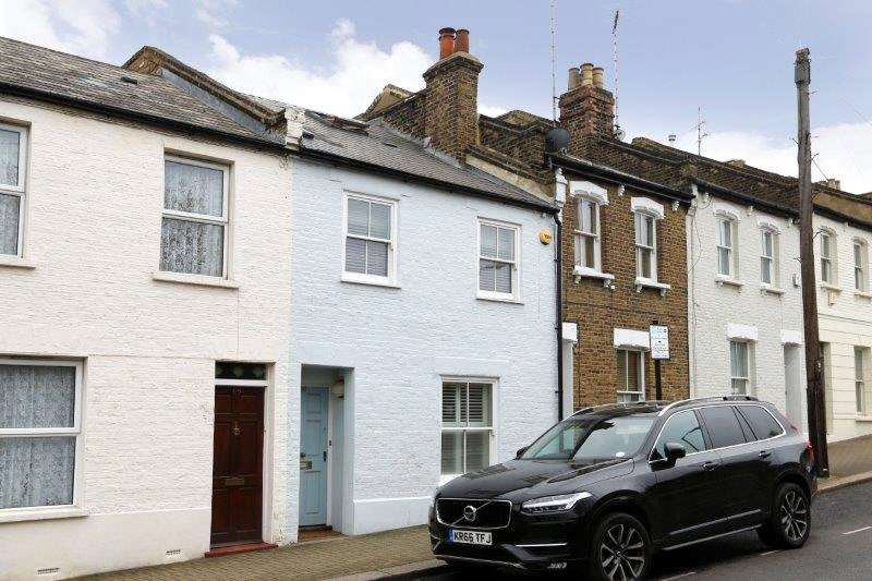 3 Bedrooms Terraced House for sale in Alma Road, Wandsworth, London, SW18