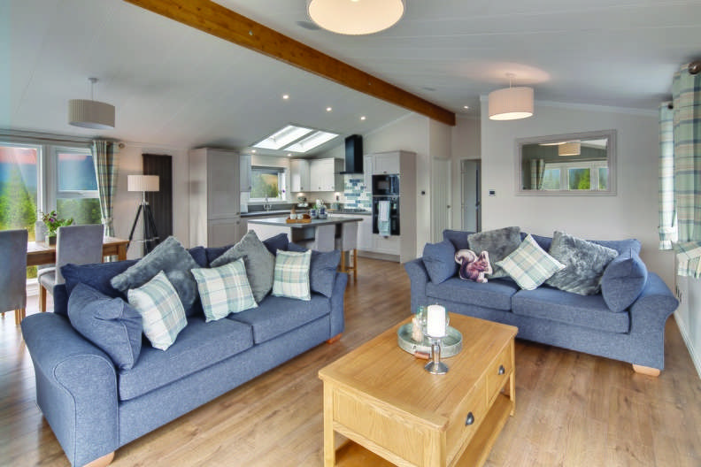 3 Bedrooms Lodge Character Property for sale in Juliots Well Lodge Retreat, Cornwall
