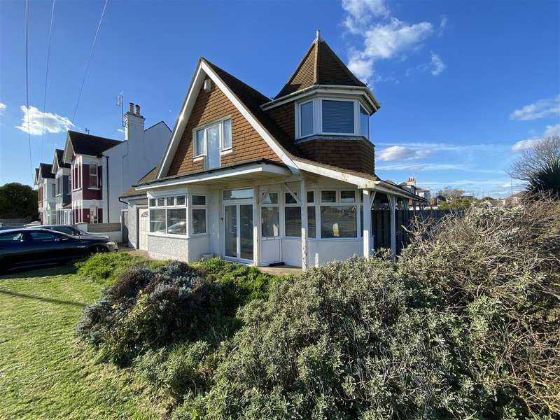 5 Bedrooms Detached House for sale in Brighton Road, Lancing