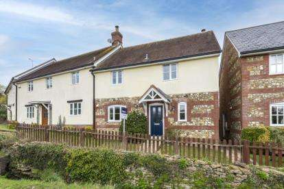 3 Bedrooms End Of Terrace House for sale in Templecombe, Somerset