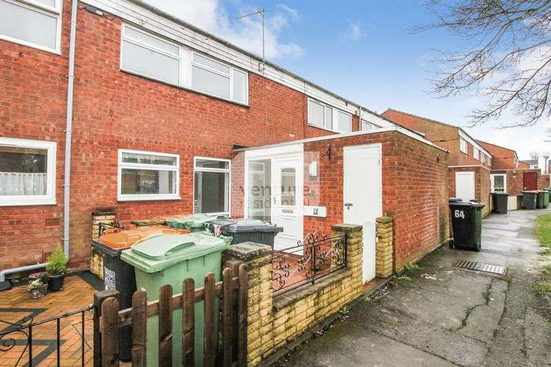 3 Bedrooms Property for rent in Enfield Close, Houghton Regis, Luton
