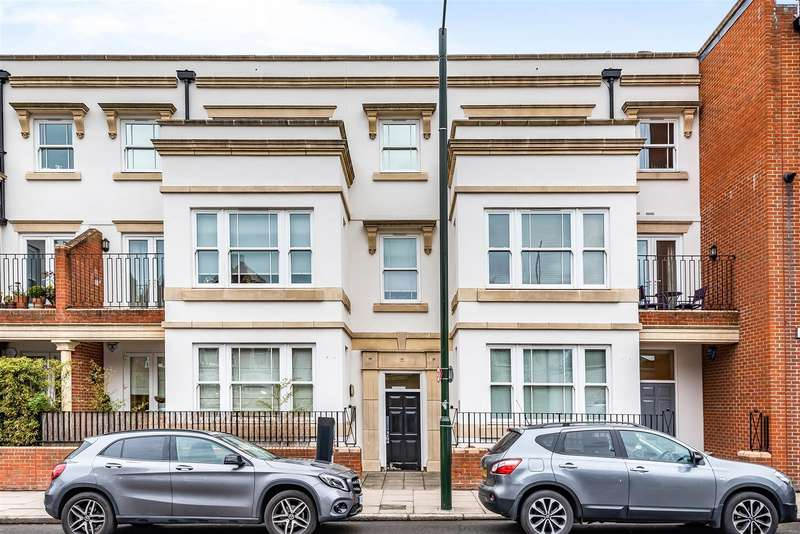 2 Bedrooms Apartment Flat for sale in Barnes High Street, London