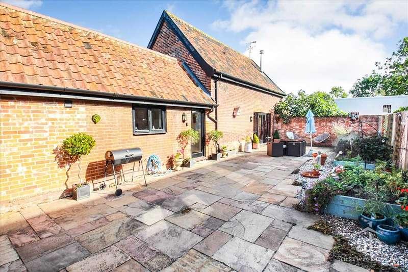 2 Bedrooms Property for sale in Granary Barn, Friday Street, Monewden, Woodbridge