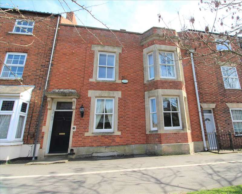 3 Bedrooms Town House for sale in North Parade, Grantham