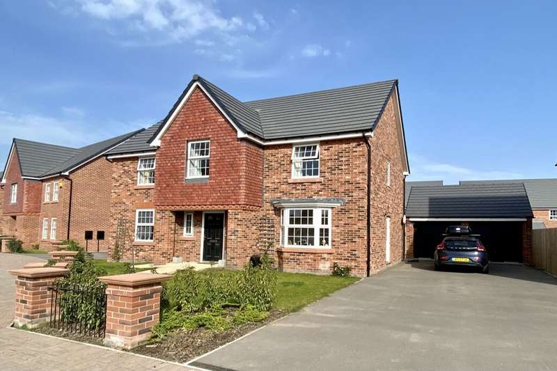 4 Bedrooms Detached House for sale in Winterberry Way, Stapeley, Nantwich, CW5