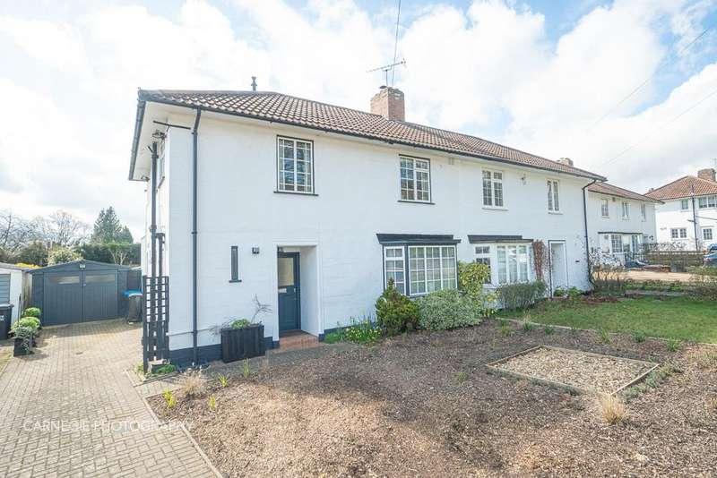 3 Bedrooms Semi Detached House for sale in Brockswood Lane, Welwyn Garden City