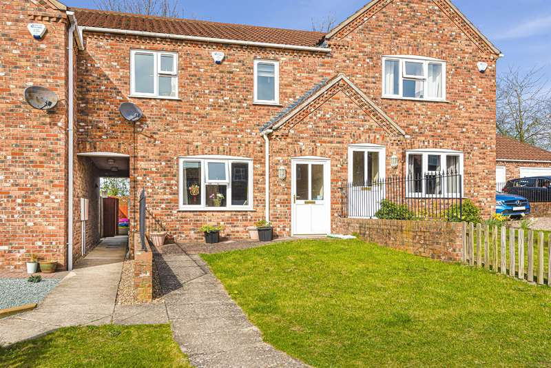 3 Bedrooms Terraced House for sale in Oaktree Meadow, Horncastle, Lincs, LN9 5PG