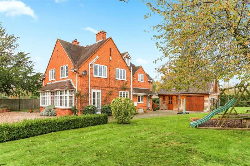 5 Bedrooms Detached House for sale in Orchard Road, Hurst, Reading, Berkshire, RG10