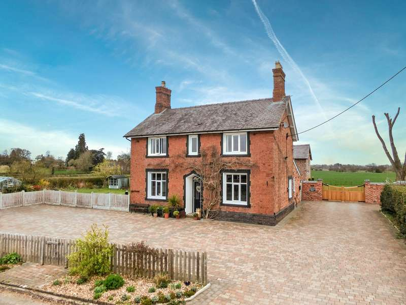 4 Bedrooms Property for sale in Wollerton, Market Drayton