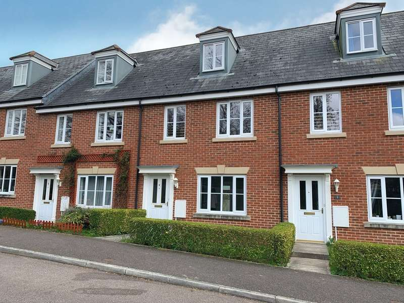 3 Bedrooms Terraced House for rent in Veitch Close, Exeter