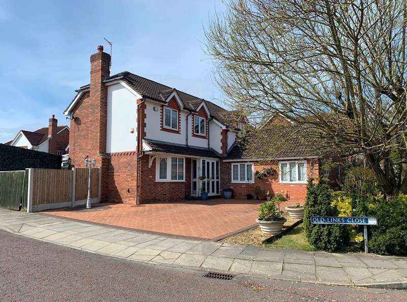 4 Bedrooms Detached House for sale in Moss Lane, Churchtown, Southport