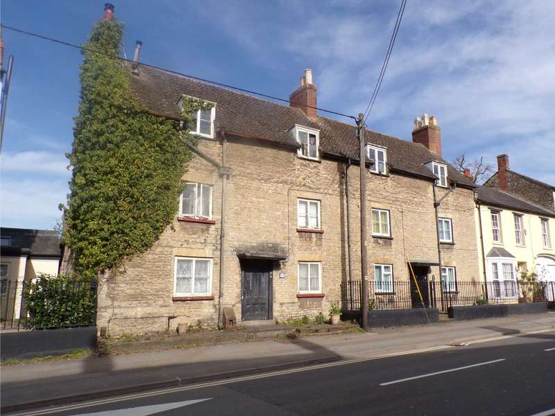 5 Bedrooms Semi Detached House for sale in Kings End, Bicester