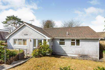 2 Bedrooms Bungalow for sale in Camelford, Cornwall, Uk