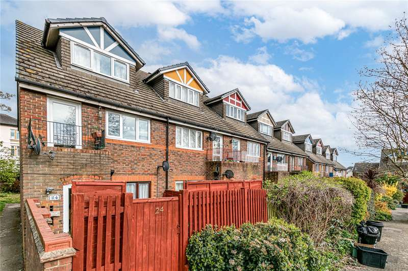 1 Bedroom Maisonette Flat for sale in Sycamore Grove, London